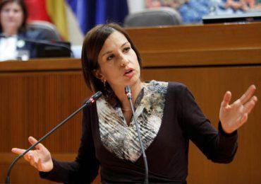 El PAR señala que los pagos a las comarcas deberían efectuarse el primer mes de cada trimestre