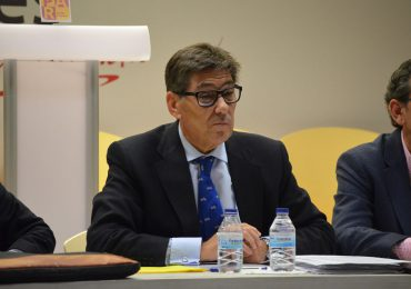 Aliaga anima a los gobiernos español y galo a aunar voluntades políticas para reabrir el Canfranc