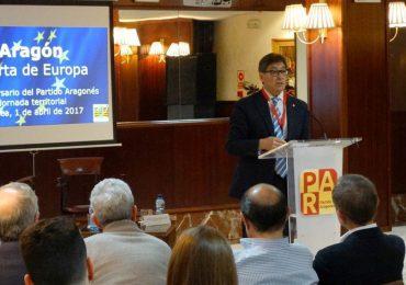 Arturo Aliaga clausura la Jornada del PAR en Huesca