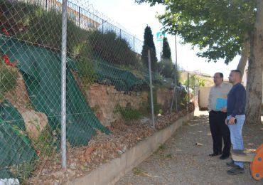 El concejal del barrios de Teruel por el Partido Aragonés, Julio Esteban,  visita San Blas para conocer sus necesidades y buscar soluciones