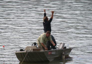 El PAR lamenta la traición de PSOE y Ciudadanos a los municipios aragoneses cuya población y economía local dependen de la caza y la pesca.