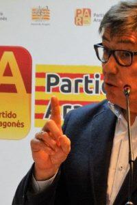 Aliaga dice que el tren EVA debe parar en Aragón sin condiciones