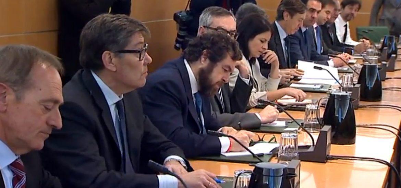 Aliaga dice en Madrid que es el momento de estar con las víctimas y del cumplimiento de la ley en todos sus términos