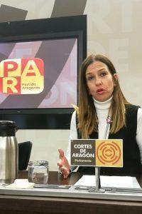 """María Herrero (PAR) urge a Mayte Pérez a dar cuenta """"detallada"""" de las inversiones que vendió por carta a los escolares aragoneses en 2017"""