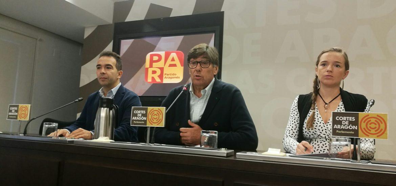 El PAR insta a Lambán a que haga llegar a la Generalitat la condena de las pintadas del aneto y a tomar medidas para evitar que se repita