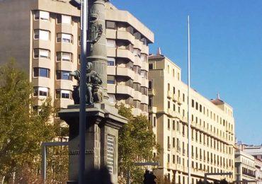 PAR Zaragoza reclama la reposición de la bandera de Aragón en la Plaza de Aragón