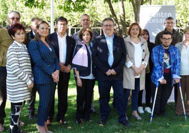 Aliaga presenta en Huesca el equipo que lidera Fernando Carrera para el ayuntamiento con el fin de lograr que la ciudad avance sin más discusiones estériles