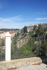 El Partido Aragonés de Teruel defiende la construcción de un auditorio cubierto en el Cofiero, un parking y la recuperación de sus laderas