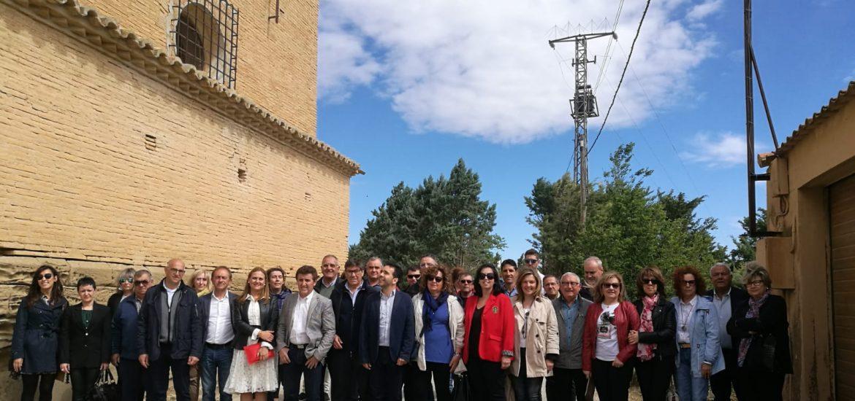 Aliaga y más de 100 candidatos de la provincia de Huesca se comprometen a buscar la solución para que las pinturas murales se trasladen a Sijena