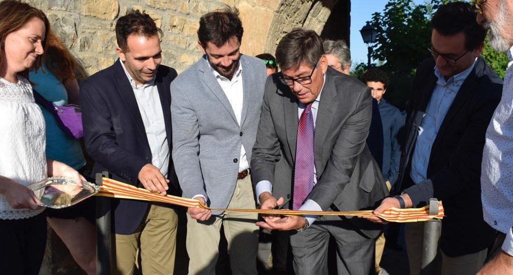 """Aliaga visita la Expo Feria de Sobrarbe para """"poner en valor la diversidad económica de la comarca"""""""