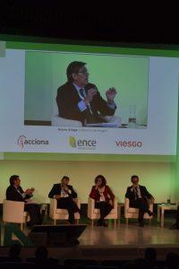 """Aliaga reafirma """"la vocación de Aragón de ser un referente en las renovables"""""""